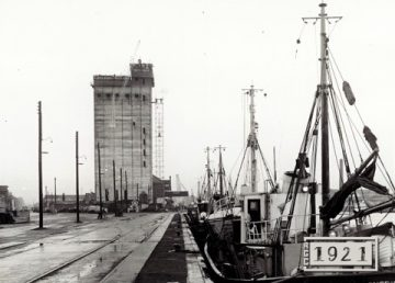 ABP Silo, Lowestoft, built in 1962 by R G Carter